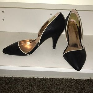 Gomax Carabelle pointy toe pump size 8.5
